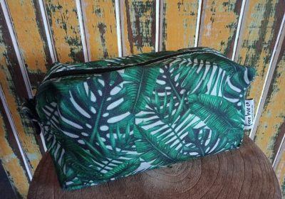 free-love-co-wa-ethically-made-toiletry_bag_known-effects